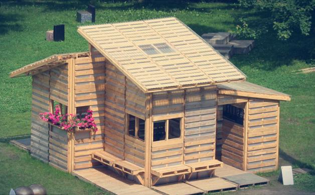 """Conheça o """"Pallet Home Project"""" casa feita com paletes ..."""